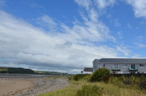 Last Minute Cottages - Ferryside Cottage