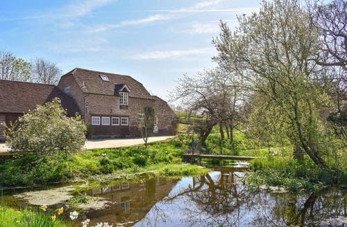 Last Minute Cottages - Mill Pond Cottage