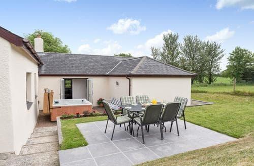 Last Minute Cottages - Knowle Farm Cottage