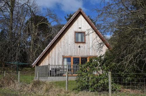 Last Minute Cottages - Lime Tree Cottage