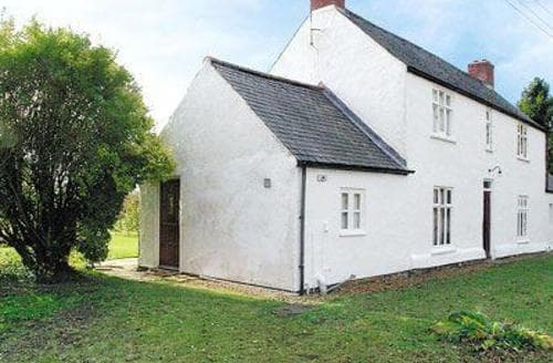 Last Minute Cottages - Mini Cottage