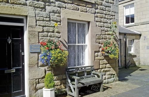 Last Minute Cottages - Tweed Cottage
