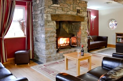 Last Minute Cottages - Ty-Canol