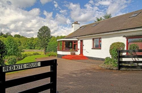 Last Minute Cottages - Red Kite House