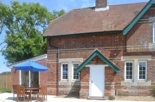 Last Minute Cottages - Paddock Cottage