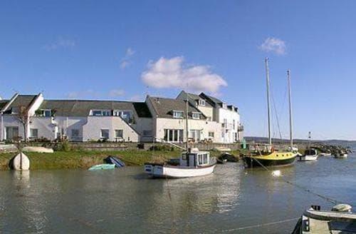 Last Minute Cottages - Harbour Cottage
