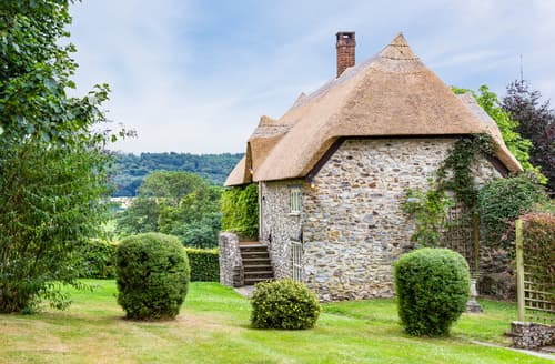 Last Minute Cottages - Adorable Cotleigh Cottage S73000