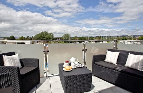 Last Minute Cottages - The Penthouse - Sunnymead