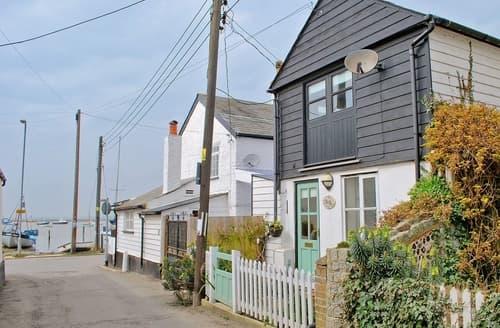 Last Minute Cottages - Stoker Loft
