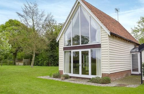 Last Minute Cottages - The Glass Room