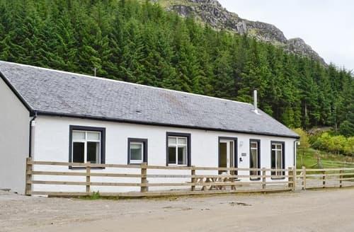 Last Minute Cottages - Corrie Massan