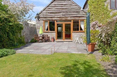Last Minute Cottages - Waggonhayes-E2752