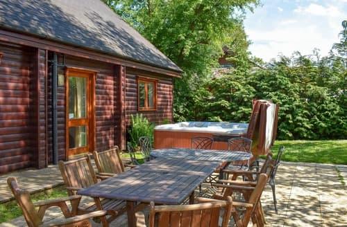 Last Minute Cottages - Lakeland Lodge