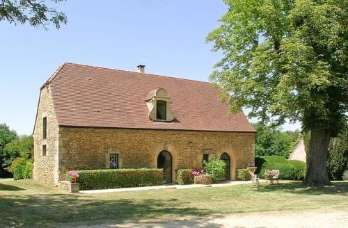 Last Minute Cottages - L'Ancien Chai