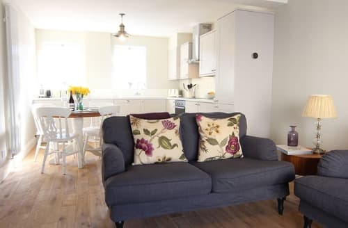 Last Minute Cottages - Purbeck Cottage