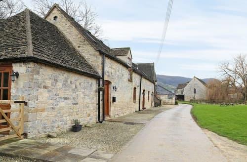 Last Minute Cottages - Grand Saxon Barn