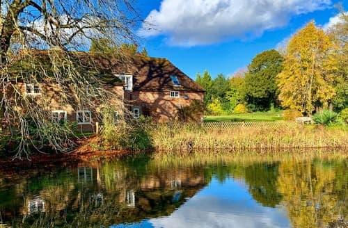 Last Minute Cottages - Moorhen Cottage