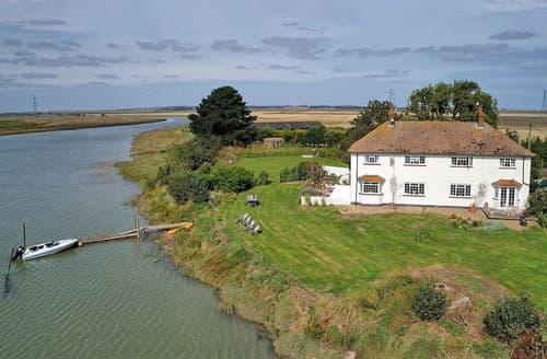 Last Minute Cottages - Nagden House