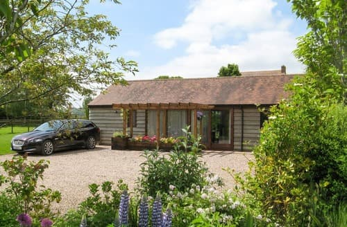 Last Minute Cottages - Harts Farm Barn Cottage