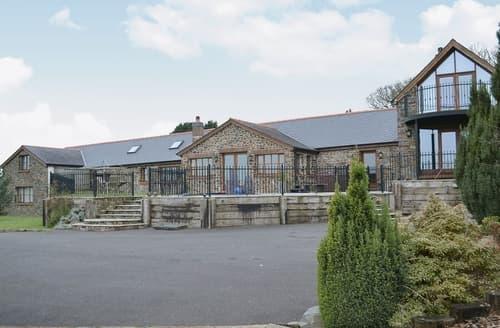 Last Minute Cottages - Ty Cerrig Farmhouse
