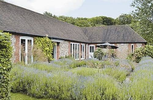 Last Minute Cottages - The Fishing Lodge