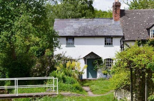 Last Minute Cottages - Brook Cottage
