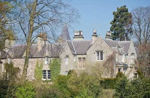 Last Minute Cottages - Lochside Garden House - S4484
