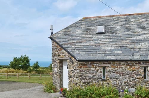 Last Minute Cottages - The Roundhouse