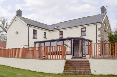 Last Minute Cottages - Brynhowell
