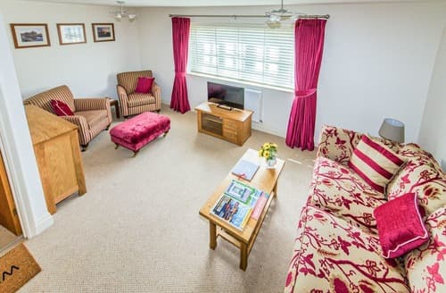 Last Minute Cottages - Broads Reach