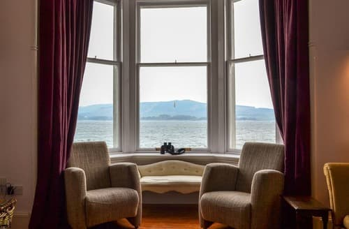 Last Minute Cottages - Fircliff - The House on Bute