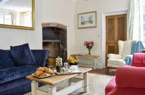 Last Minute Cottages - Hamstead House