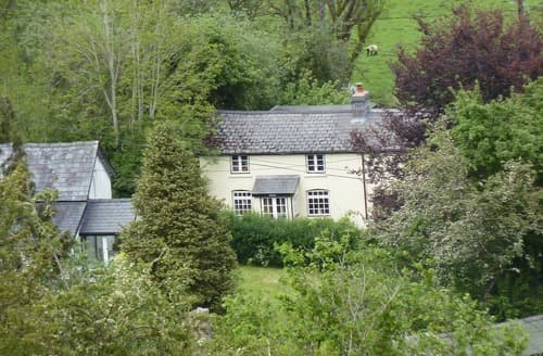 Last Minute Cottages - Middle House