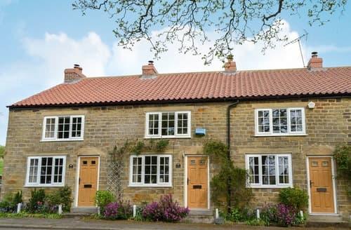 Last Minute Cottages - Keldholme Cottages 2 - UK11488