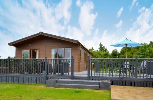 Last Minute Cottages - Hidden Gem Lodge