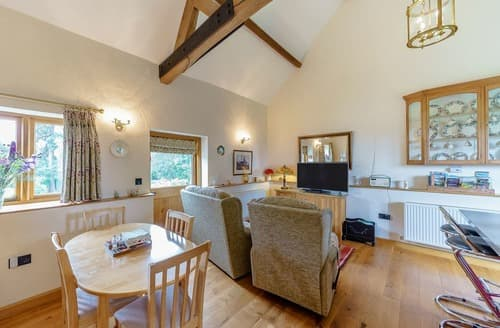Last Minute Cottages - The Granary - UK12219