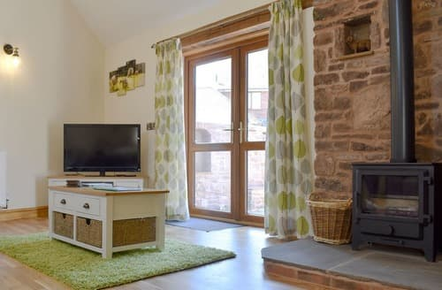 Last Minute Cottages - Lambing Shed - UK12380