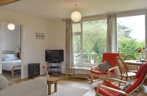 Last Minute Cottages - Chalet 8 - UK12568
