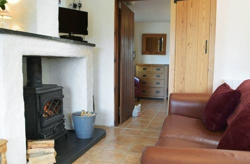 Last Minute Cottages - Bwthyn Y Gorwel