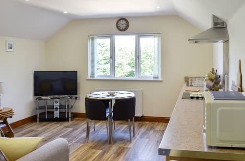 Last Minute Cottages - Copperfield Lodge