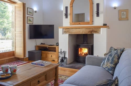 Last Minute Cottages - Barn Cottage - UK12795