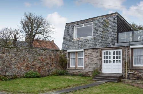 Last Minute Cottages - Crail House