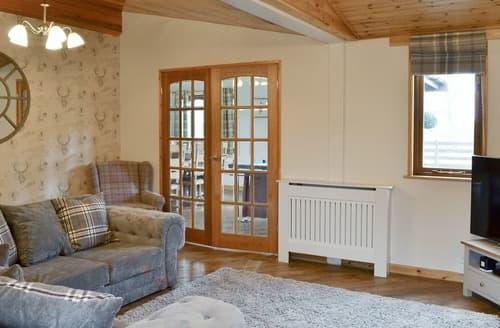 Last Minute Cottages - The Lodge - UK13202