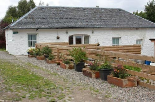 Last Minute Cottages - Dunstaffnage Mains Farm Cottage