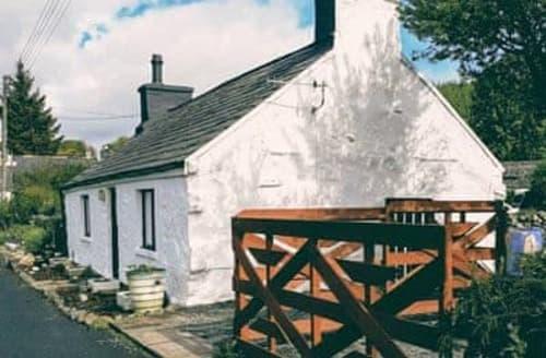 Last Minute Cottages - Berry cottage