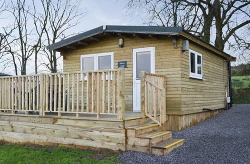 Last Minute Cottages - Robin's Lodge
