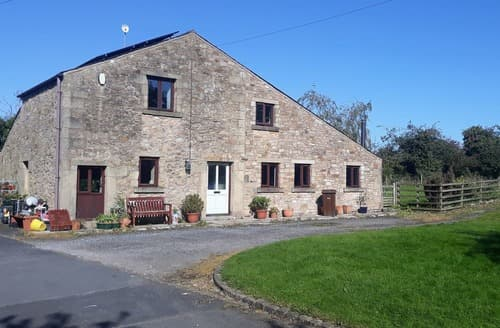 Last Minute Cottages - Adamsons Barn