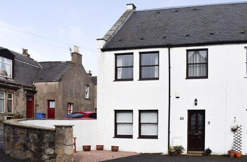 Last Minute Cottages - Lawside Cottage