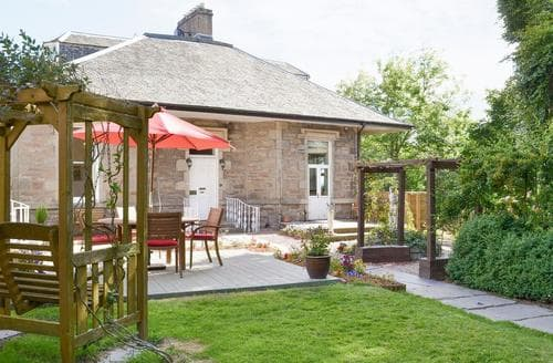 Last Minute Cottages - Viewmount House - Caledonian