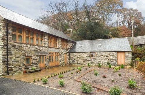 Last Minute Cottages - Hendoll Barn